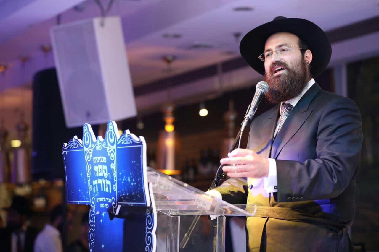 הרב אלעד כהן מחנות המזוזות
